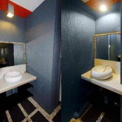 Отель La Place Guesthouse Филиппины, Лапу-Лапу - отзывы, цены и фото номеров - забронировать отель La Place Guesthouse онлайн ванная фото 2