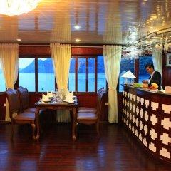 Отель Phoenix Luxury Cruise интерьер отеля