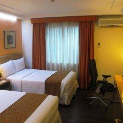 Отель Makati Crown Regency Hotel Филиппины, Макати - отзывы, цены и фото номеров - забронировать отель Makati Crown Regency Hotel онлайн комната для гостей фото 4