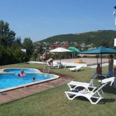 Отель Morski Briz Балчик бассейн