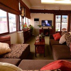 Отель Artisan Boutique Hotel Вьетнам, Ханой - отзывы, цены и фото номеров - забронировать отель Artisan Boutique Hotel онлайн интерьер отеля фото 2