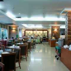 Отель Sea Breeze Jomtien Resort питание фото 3