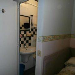 Отель Albergo Junior Италия, Падуя - отзывы, цены и фото номеров - забронировать отель Albergo Junior онлайн ванная фото 3