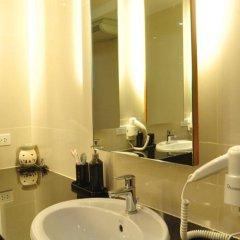 Отель The Bedrooms Hostel Pattaya Таиланд, Паттайя - отзывы, цены и фото номеров - забронировать отель The Bedrooms Hostel Pattaya онлайн ванная