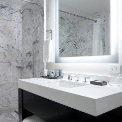Отель JW Marriott Essex House New York США, Нью-Йорк - 8 отзывов об отеле, цены и фото номеров - забронировать отель JW Marriott Essex House New York онлайн ванная
