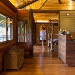 Отель Rohotu Fare Французская Полинезия, Бора-Бора - отзывы, цены и фото номеров - забронировать отель Rohotu Fare онлайн интерьер отеля
