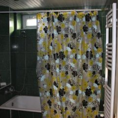 Отель Corner Hostel Грузия, Тбилиси - отзывы, цены и фото номеров - забронировать отель Corner Hostel онлайн ванная фото 2