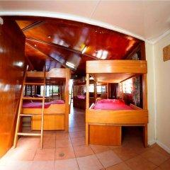 Отель Beachcomber Island Resort Фиджи, Остров Баунти - отзывы, цены и фото номеров - забронировать отель Beachcomber Island Resort онлайн интерьер отеля