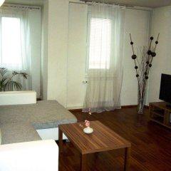 Апартаменты Royal Living Apartments комната для гостей фото 3