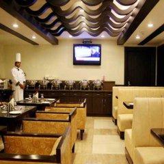 Отель Green Valley(Nehru Place) - Boutique Hotel Индия, Нью-Дели - отзывы, цены и фото номеров - забронировать отель Green Valley(Nehru Place) - Boutique Hotel онлайн интерьер отеля фото 3