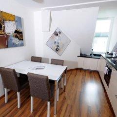 Апартаменты Luxury Apartments by Livingdowntown в номере фото 2