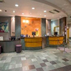 Отель Hilton London Angel Islington интерьер отеля фото 3