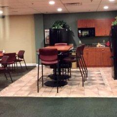 Отель GetAways at Jockey Club США, Лас-Вегас - отзывы, цены и фото номеров - забронировать отель GetAways at Jockey Club онлайн питание