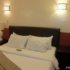 Отель DM Residente Villas Филиппины, Пампанга - отзывы, цены и фото номеров - забронировать отель DM Residente Villas онлайн комната для гостей фото 4