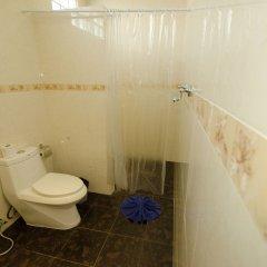 Отель Nid's Bungalows ванная фото 2