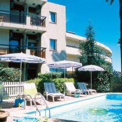Отель Maeva Residence Les Palmiers Франция, Ницца - отзывы, цены и фото номеров - забронировать отель Maeva Residence Les Palmiers онлайн бассейн фото 3