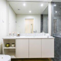 Апартаменты LxWay Apartments Alcântara Luxury ванная фото 2