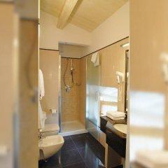 Отель Embassy Hotel Италия, Флоренция - отзывы, цены и фото номеров - забронировать отель Embassy Hotel онлайн ванная