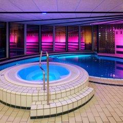 Отель NH Amsterdam Schiphol Airport Нидерланды, Хофддорп - 3 отзыва об отеле, цены и фото номеров - забронировать отель NH Amsterdam Schiphol Airport онлайн бассейн
