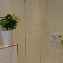 Отель FIVE Германия, Нюрнберг - отзывы, цены и фото номеров - забронировать отель FIVE онлайн ванная