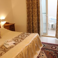 Апартаменты One - Seaview Apartment Марсаскала комната для гостей фото 2