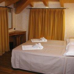 Отель Azzano Holidays Bed & Breakfast Меззегра комната для гостей