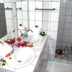 Отель Hibiscus Французская Полинезия, Муреа - отзывы, цены и фото номеров - забронировать отель Hibiscus онлайн ванная