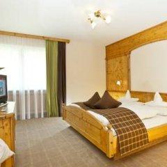 Отель Quellenhof Luxury Resort Passeier Сан-Мартино-ин-Пассирия комната для гостей фото 4