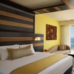 Отель Secrets Huatulco Resort & Spa сейф в номере