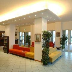 Отель St Gregory Park интерьер отеля фото 3
