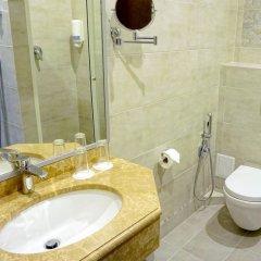 Гостиница Усадьба Приморский парк в Алуште 2 отзыва об отеле, цены и фото номеров - забронировать гостиницу Усадьба Приморский парк онлайн Алушта ванная