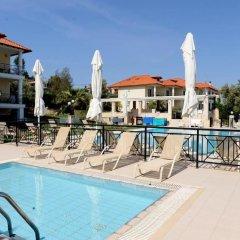 Отель Golden Residence Family Resort Греция, Ханиотис - отзывы, цены и фото номеров - забронировать отель Golden Residence Family Resort онлайн бассейн фото 2