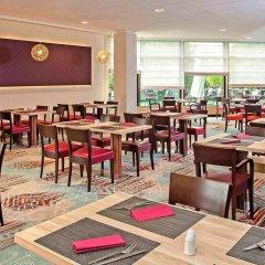 Отель Novotel Gdansk Marina Польша, Гданьск - 1 отзыв об отеле, цены и фото номеров - забронировать отель Novotel Gdansk Marina онлайн питание фото 3