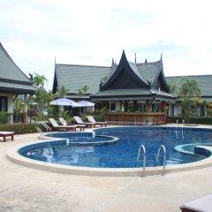 Отель Airport Resort & Spa бассейн фото 3