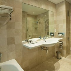 Vineyard Hotel ванная