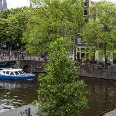Отель Max Brown Hotel Canal District Нидерланды, Амстердам - отзывы, цены и фото номеров - забронировать отель Max Brown Hotel Canal District онлайн приотельная территория фото 2