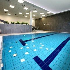 Отель Golden Tulip Gdansk Residence бассейн