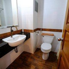 Red Balcony Hotel ванная фото 2