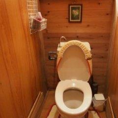 Отель Tirol Япония, Якусима - отзывы, цены и фото номеров - забронировать отель Tirol онлайн ванная