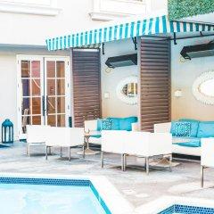Отель The Mosaic Beverly Hills Беверли Хиллс бассейн фото 3