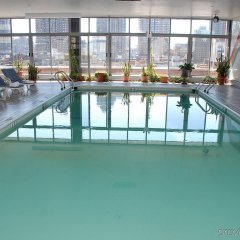 Отель Skyline Hotel США, Нью-Йорк - отзывы, цены и фото номеров - забронировать отель Skyline Hotel онлайн бассейн