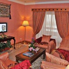 Отель Holiday International Sharjah ОАЭ, Шарджа - 5 отзывов об отеле, цены и фото номеров - забронировать отель Holiday International Sharjah онлайн интерьер отеля