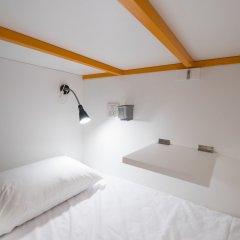 Pixellar Hostel Бангкок комната для гостей
