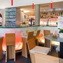 Отель Ibis Brugge Centrum Брюгге гостиничный бар