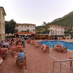 Belcehan Deluxe Hotel Турция, Олудениз - отзывы, цены и фото номеров - забронировать отель Belcehan Deluxe Hotel онлайн питание фото 2