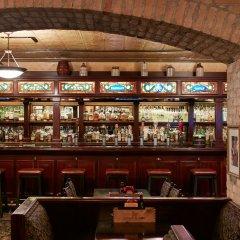 Отель Club Quarters, Central Loop гостиничный бар