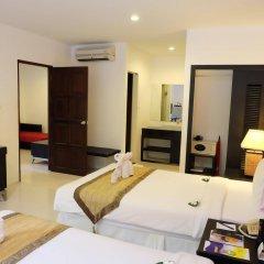 Отель Nai Yang Beach Resort & Spa удобства в номере