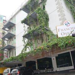 Отель Franchise One Hotel Филиппины, Макати - отзывы, цены и фото номеров - забронировать отель Franchise One Hotel онлайн спортивное сооружение