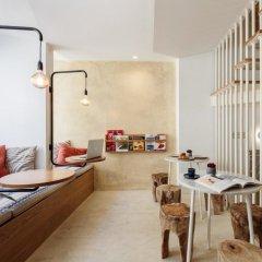 Отель Dear Lisbon Living House Лиссабон с домашними животными