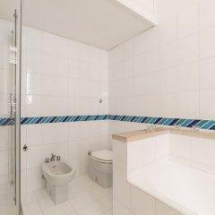Отель Pantheon Charming Apartment Италия, Рим - отзывы, цены и фото номеров - забронировать отель Pantheon Charming Apartment онлайн ванная